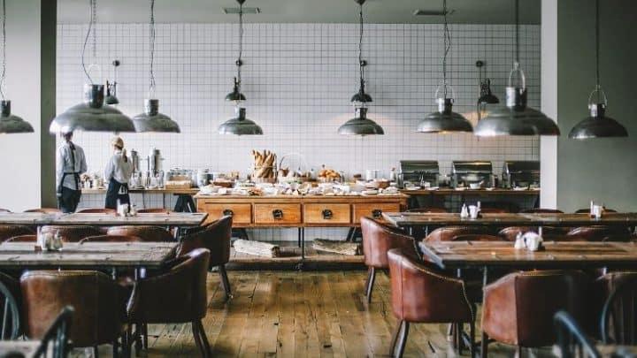 Attrezzature per la ristorazione: i vantaggi del noleggio rispetto all'acquisto.