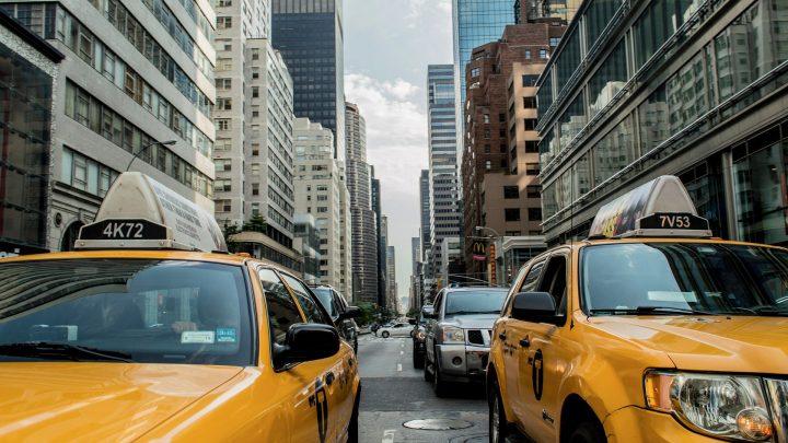 Come diventare tassista: i requisiti, la licenza e i guadagni